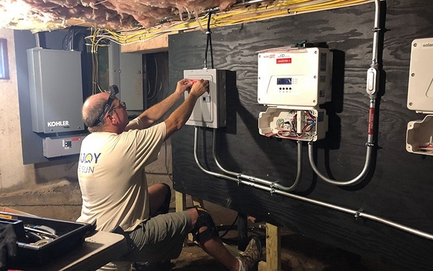 Solar Installer Will Train Its Own Electricians