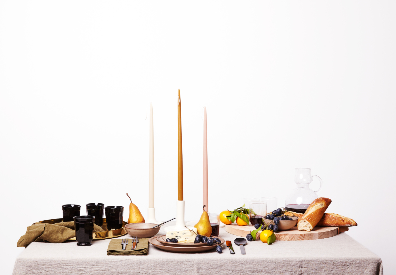 Enter to Win: A Festive Holiday Tablescape (Worth $1,500) Curated by the Editors of Remodelista