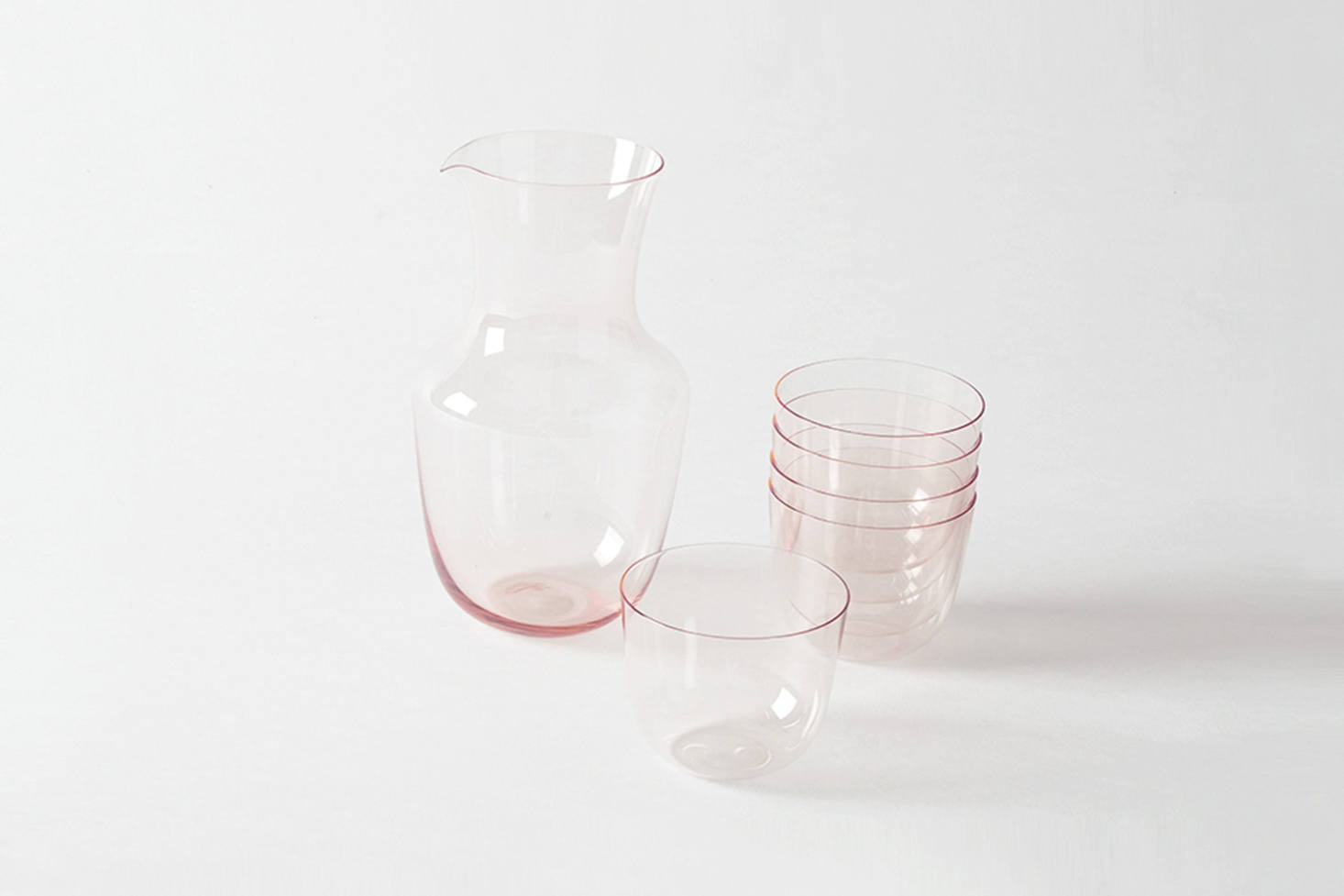8 Favorites: Drinking Glasses With a Hint of Pink