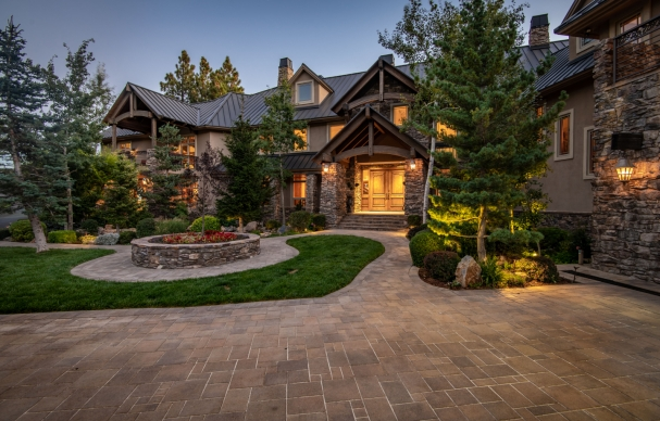 FOR SALE | What Kind of House Does a $180 Million Lottery Winner Build?