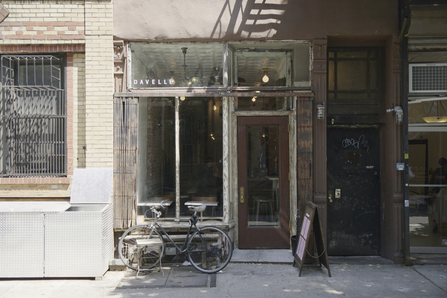 Davelle: 13 Ideas to Steal from New York's Tiniest Jewelbox Restaurant