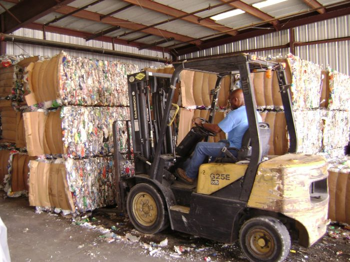 U.S. Recycling Efforts Stumble as Chinese Trade Rules Sink In