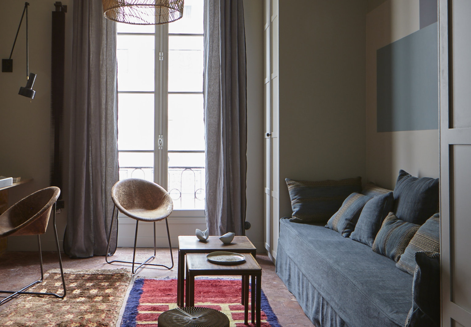 Blue Streak: An Inventive, Postage Stamp-Sized Flat in the Center of Paris