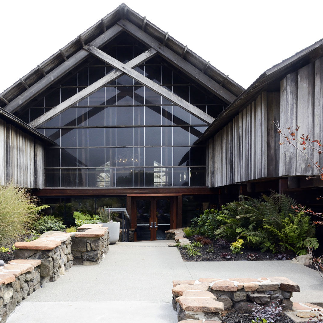 A '60s Ocean Lodge Redux: Timber Cove on the Sonoma Coast