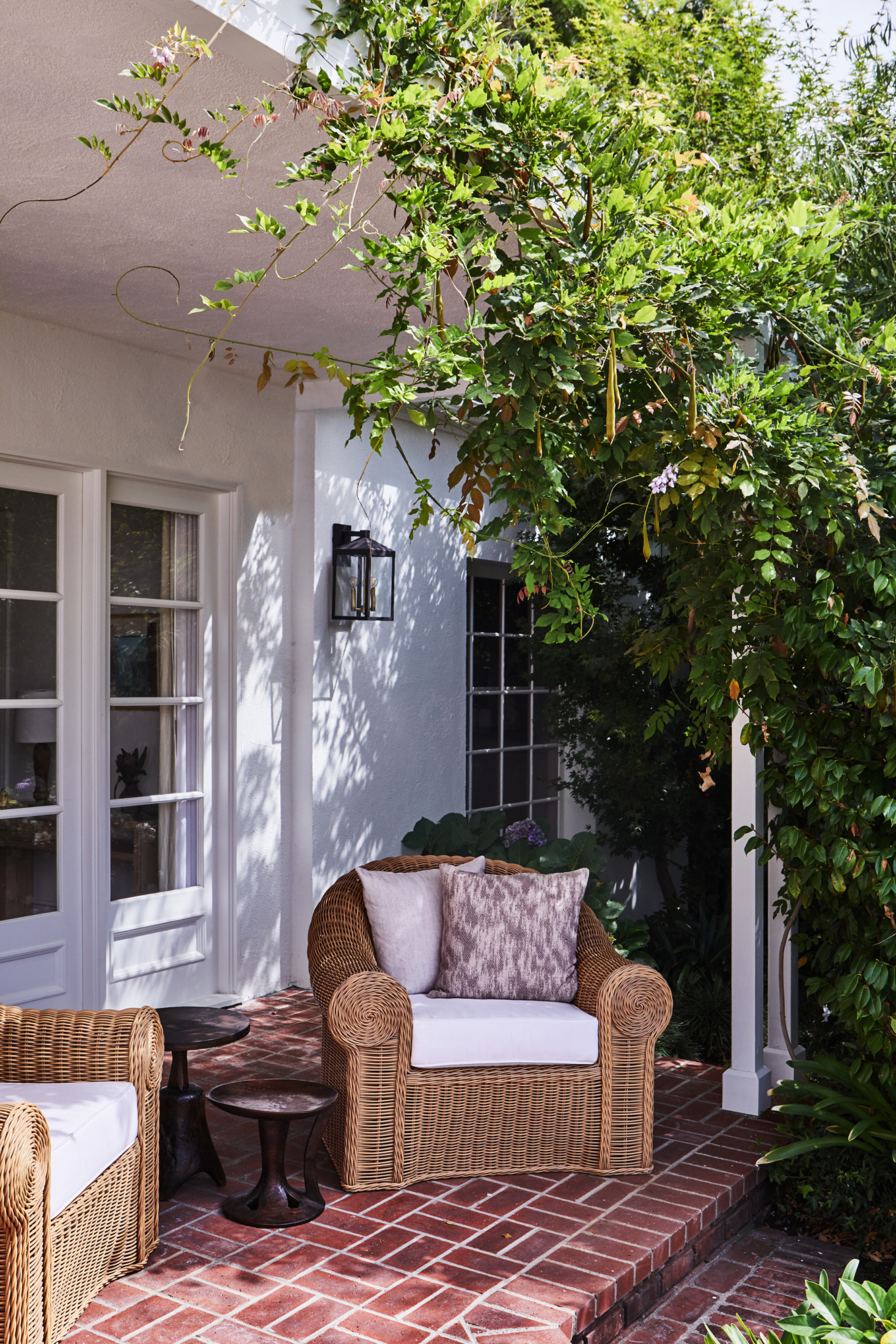 LA Palette Cleanser: A Flash-Free Holmby Hills Makeover by DISC Interiors, Before and After