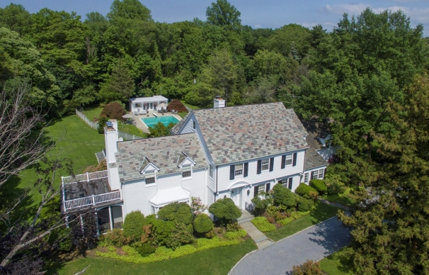 Perry Como's Estate in New York | FOR SALE
