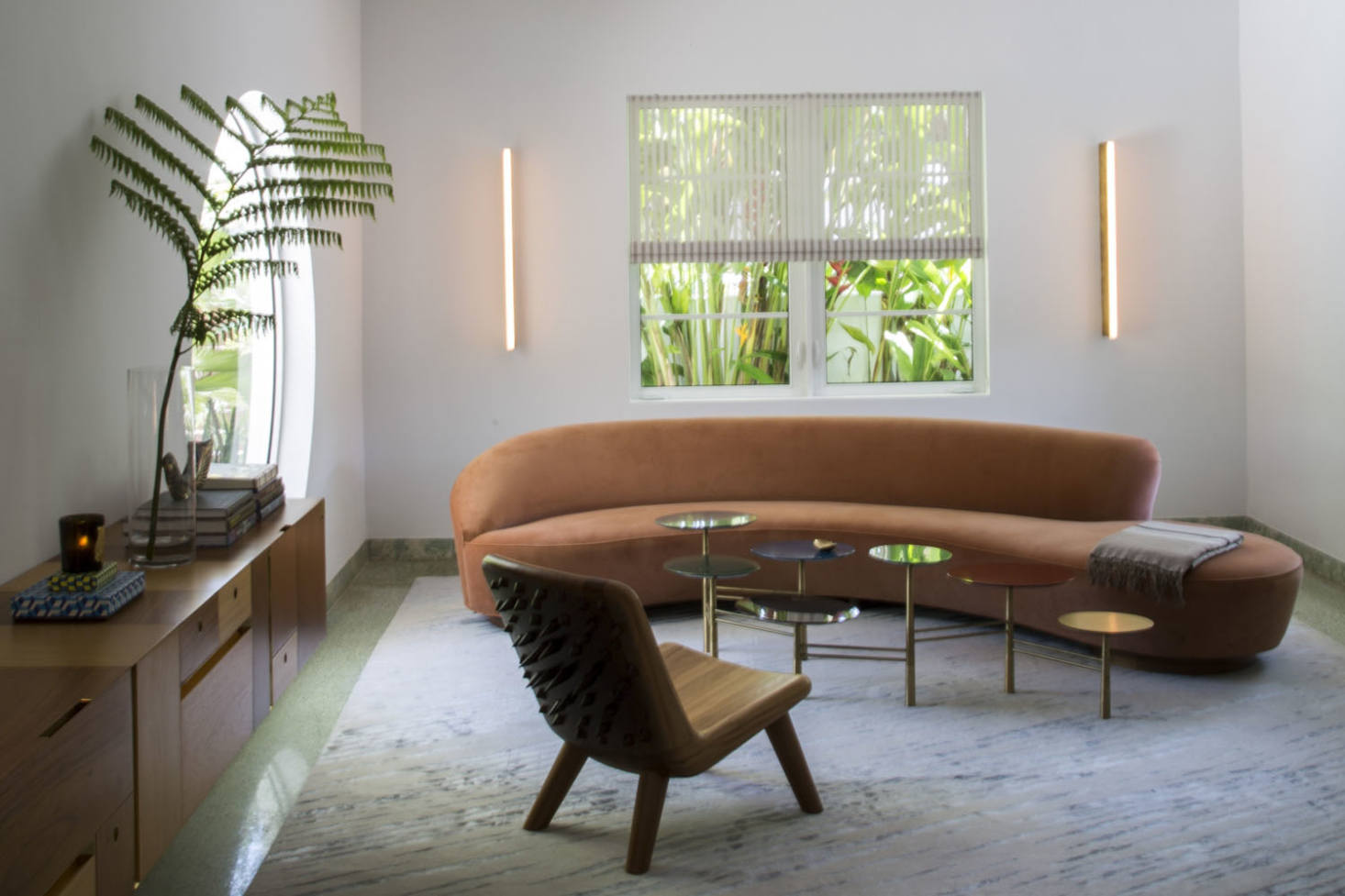 10 Easy Pieces: Curved Sofas