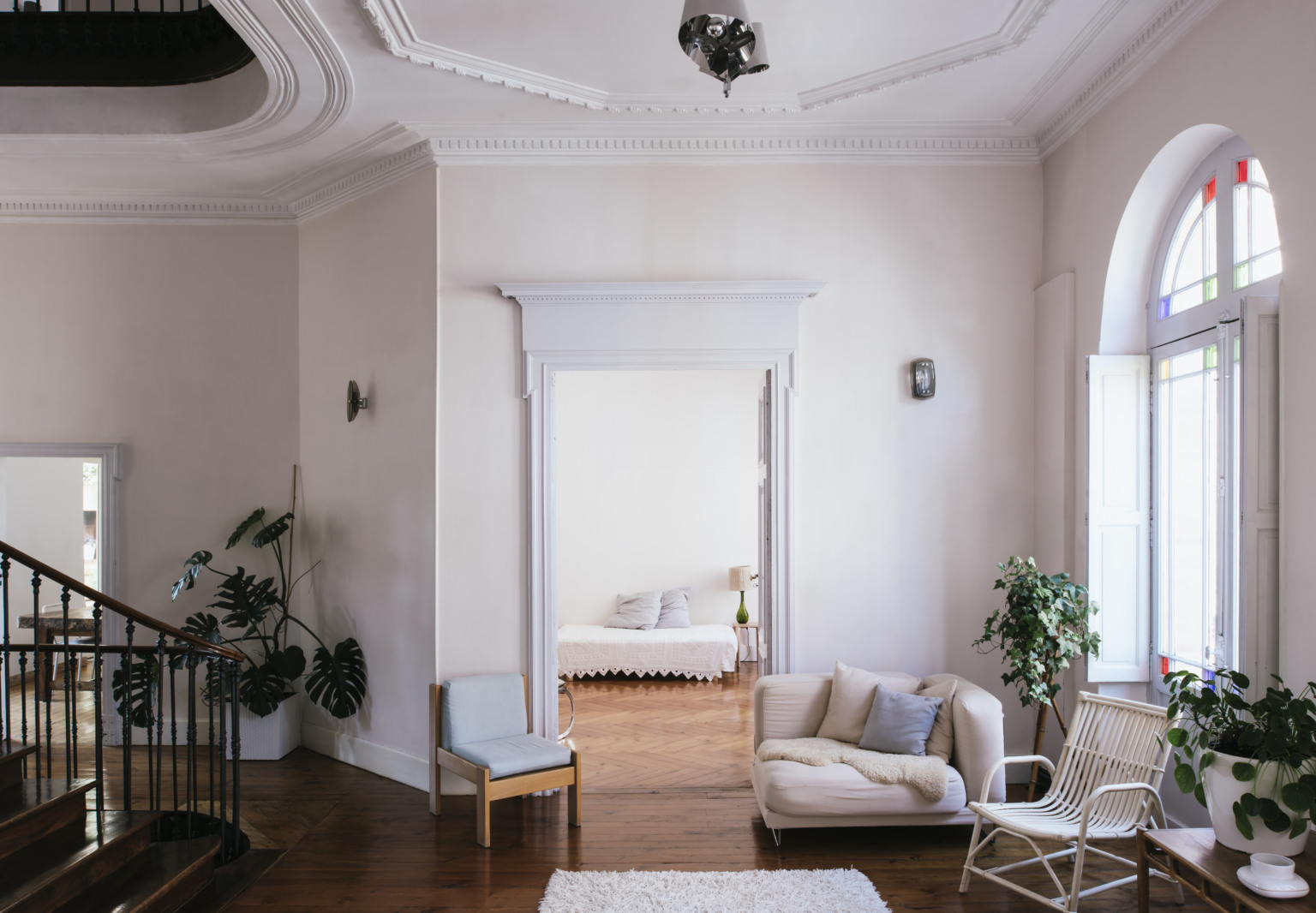 La Vie en Rose: Inside a Costumier's Dreamlike, DIY Maison in France