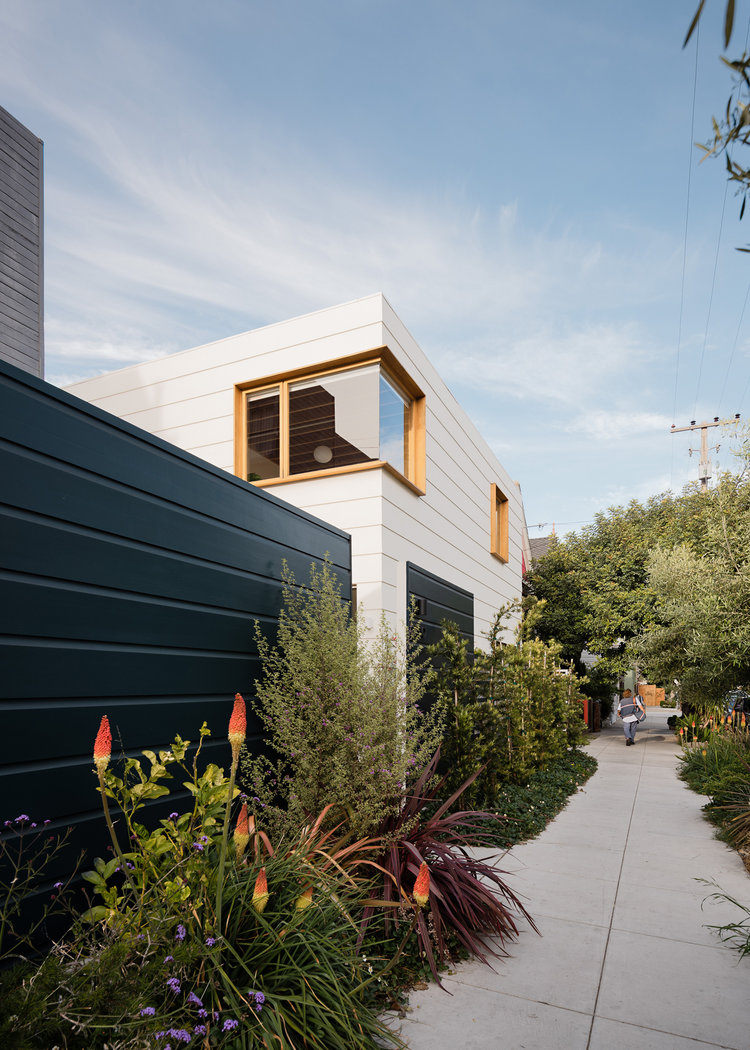 Two for One: A Courtyard Connects Old and New in a San Francisco Home by Architect Ryan Leidner