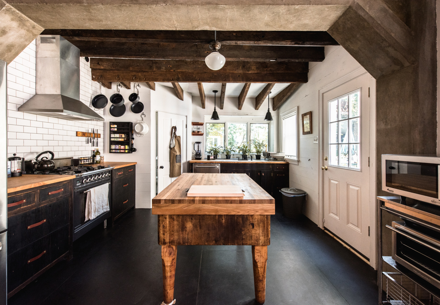 Kitchen of the Week: A Frankensteined Historic House—Turned Guest Rental—in Philadelphia's Fishtown, Before and After