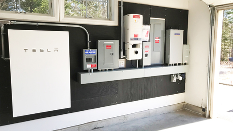 The Pros and Cons of Solar Storage