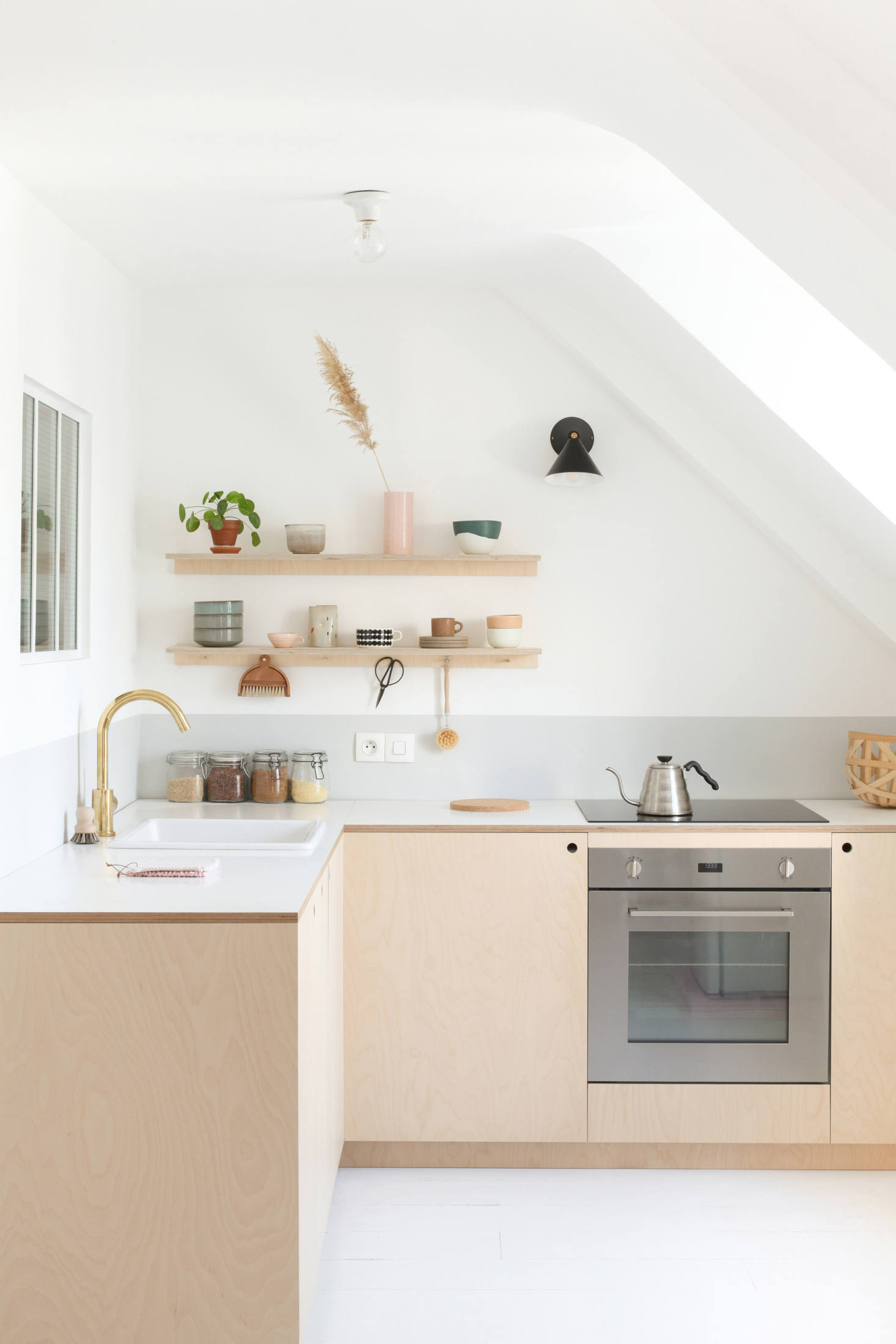 Steal This Look: The $4K Parisian Kitchen from Two DIY Experts