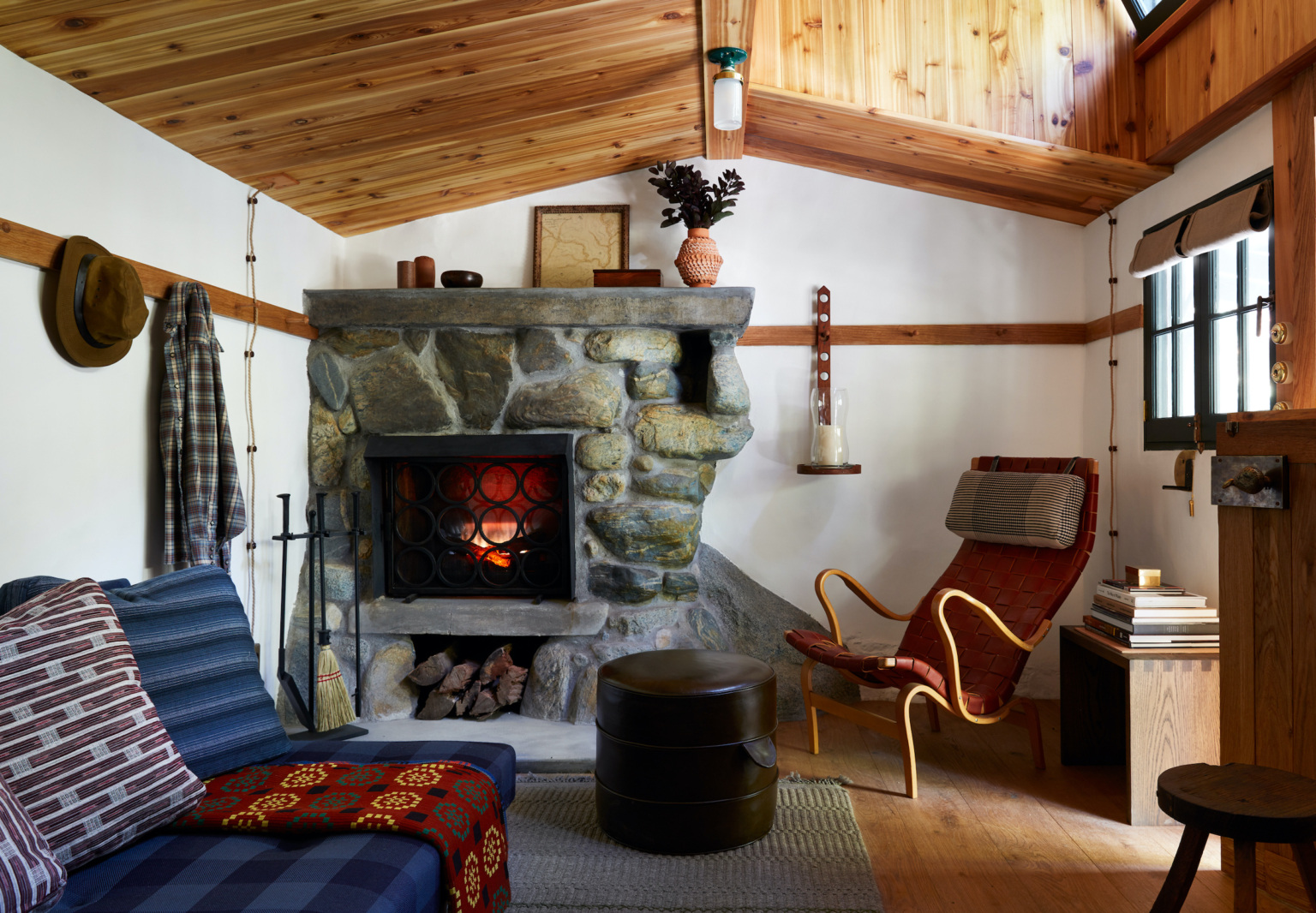 A Hollywood Director's Refined Off-the-Grid Man Cabin by Commune Design