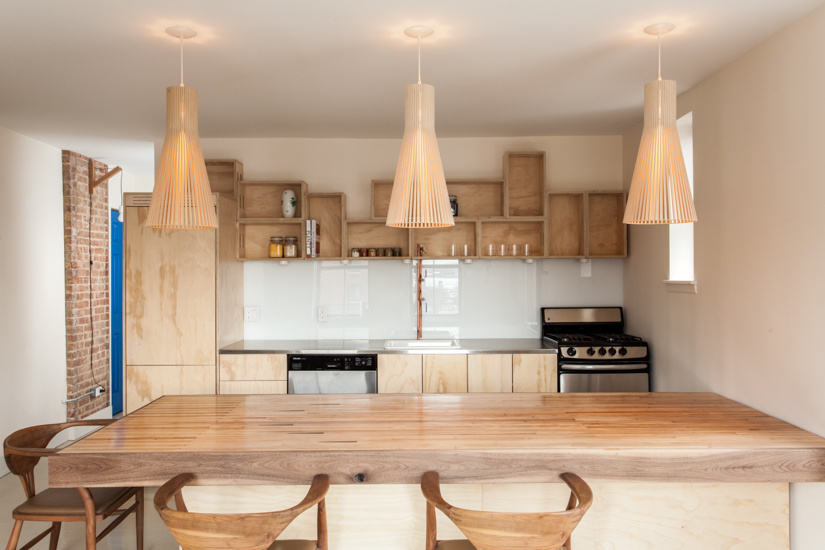 Kitchen of the Week: A Clever Kitchen Built from Affordable and Recycled Materials