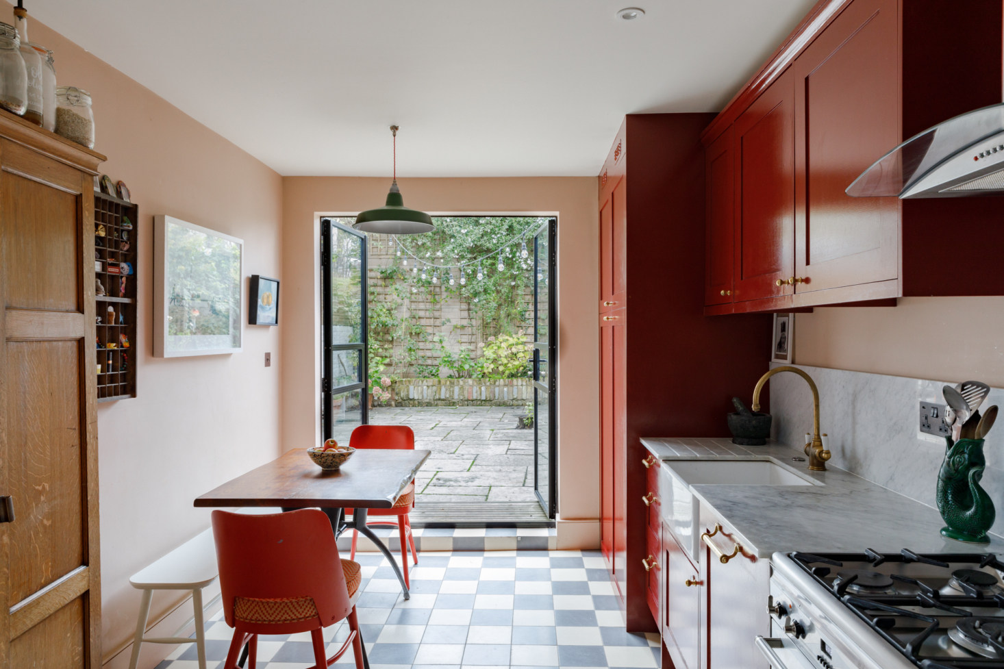 Kitchen of the Week: Going Big with Color in a Small Space