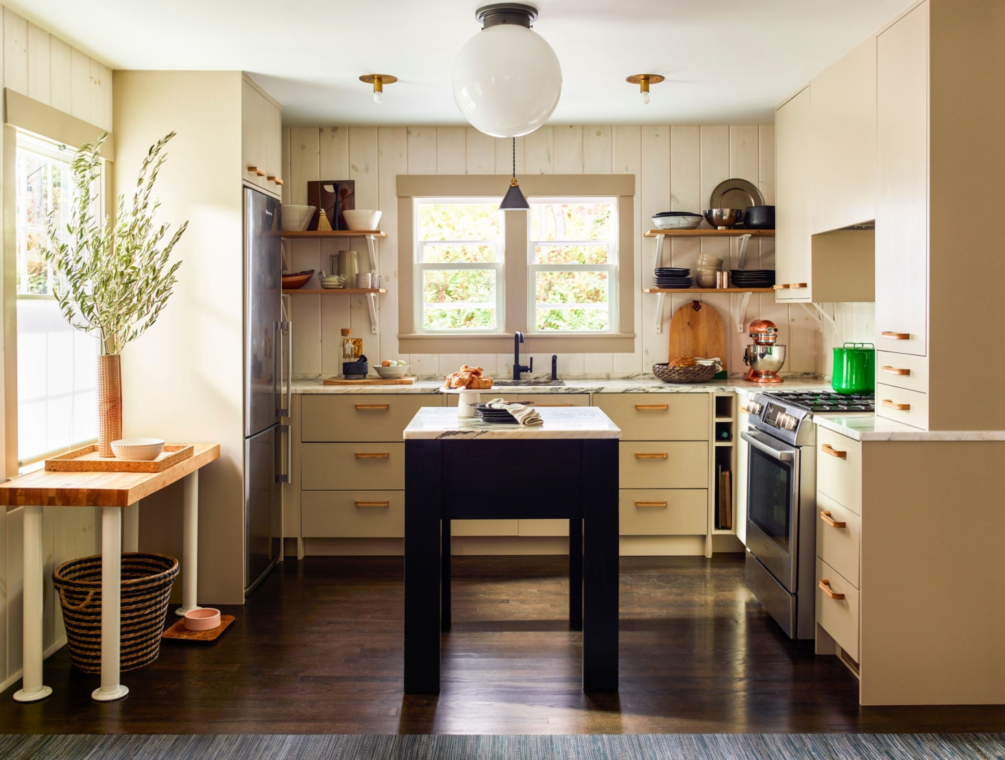 Steal This Look: The Design-Minded Country Kitchen, Budget Edition