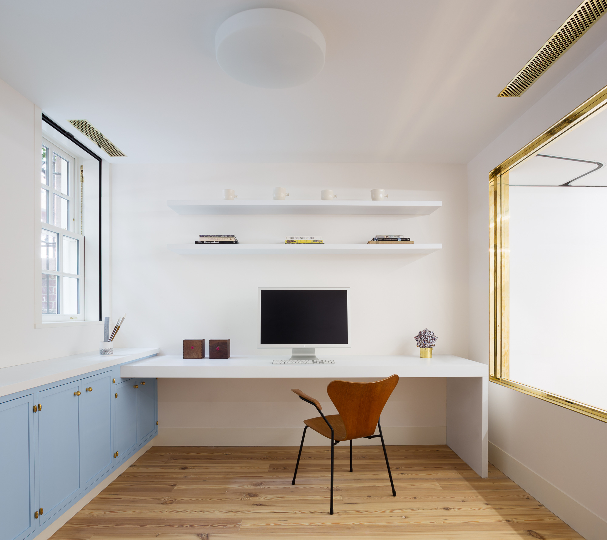 Steal This Look: A Minimalist Home Office in Manhattan, Gilded Edition
