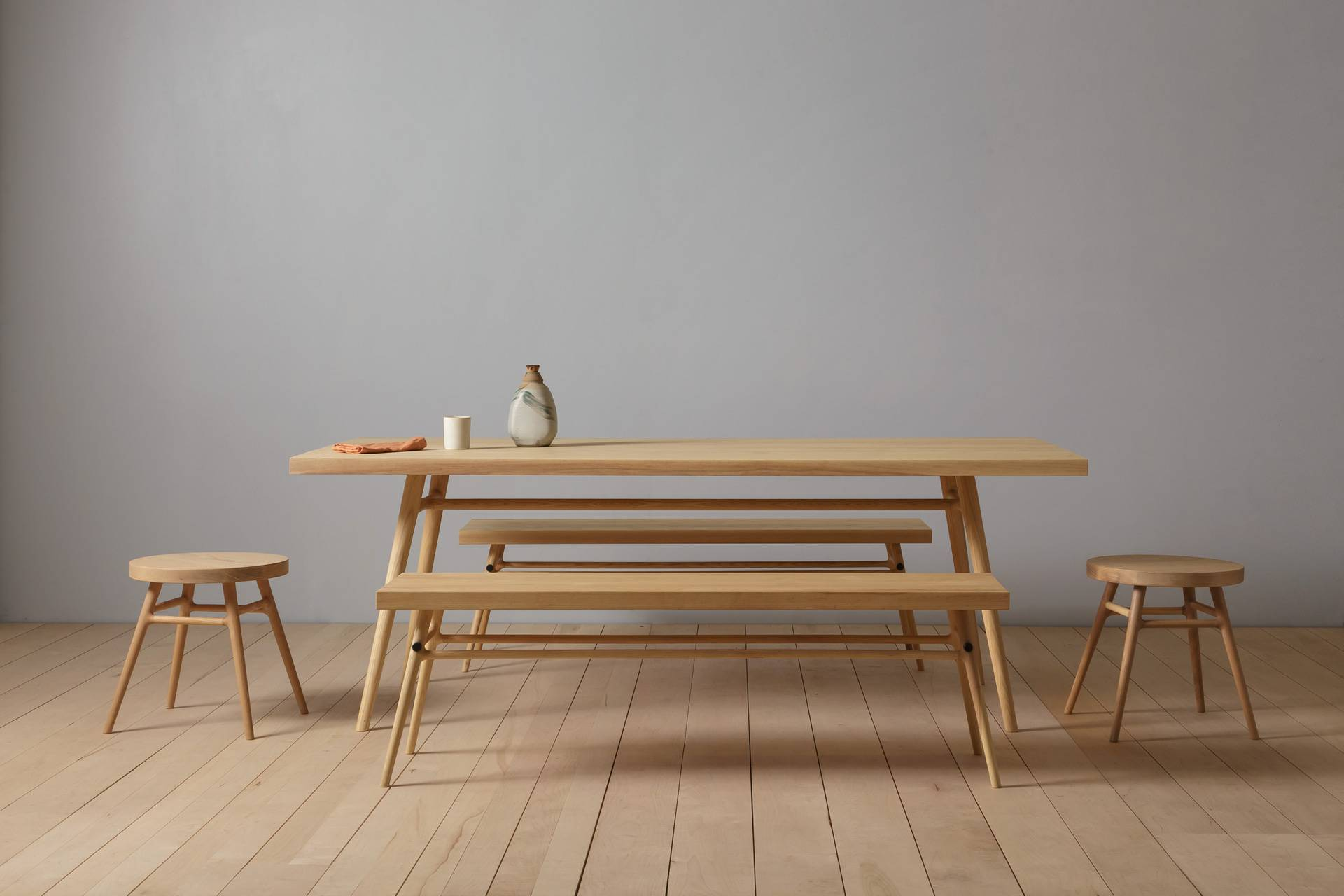 10 Easy Pieces: Modern Wood Dining Tables and Benches
