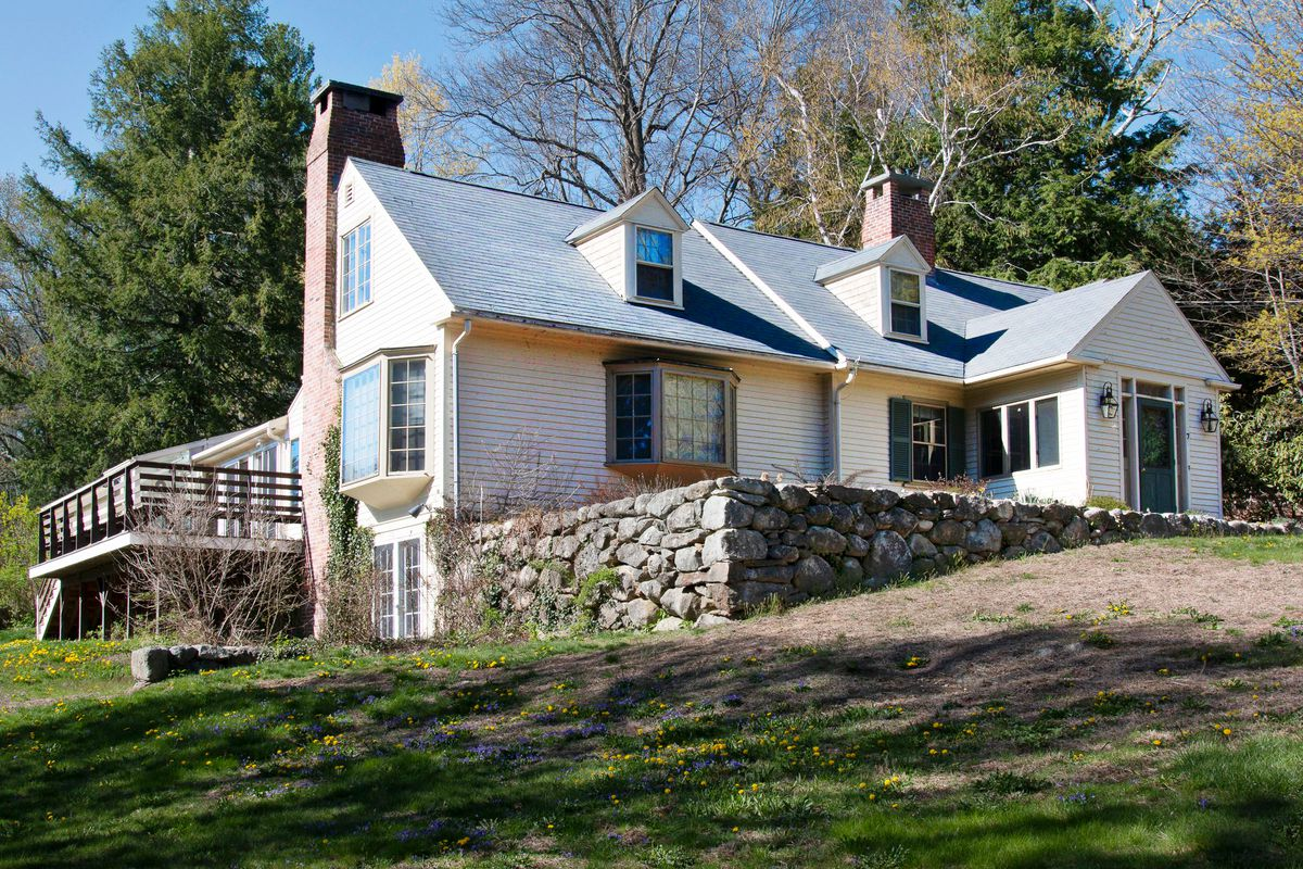 Concord Country Cape: New Meets Old