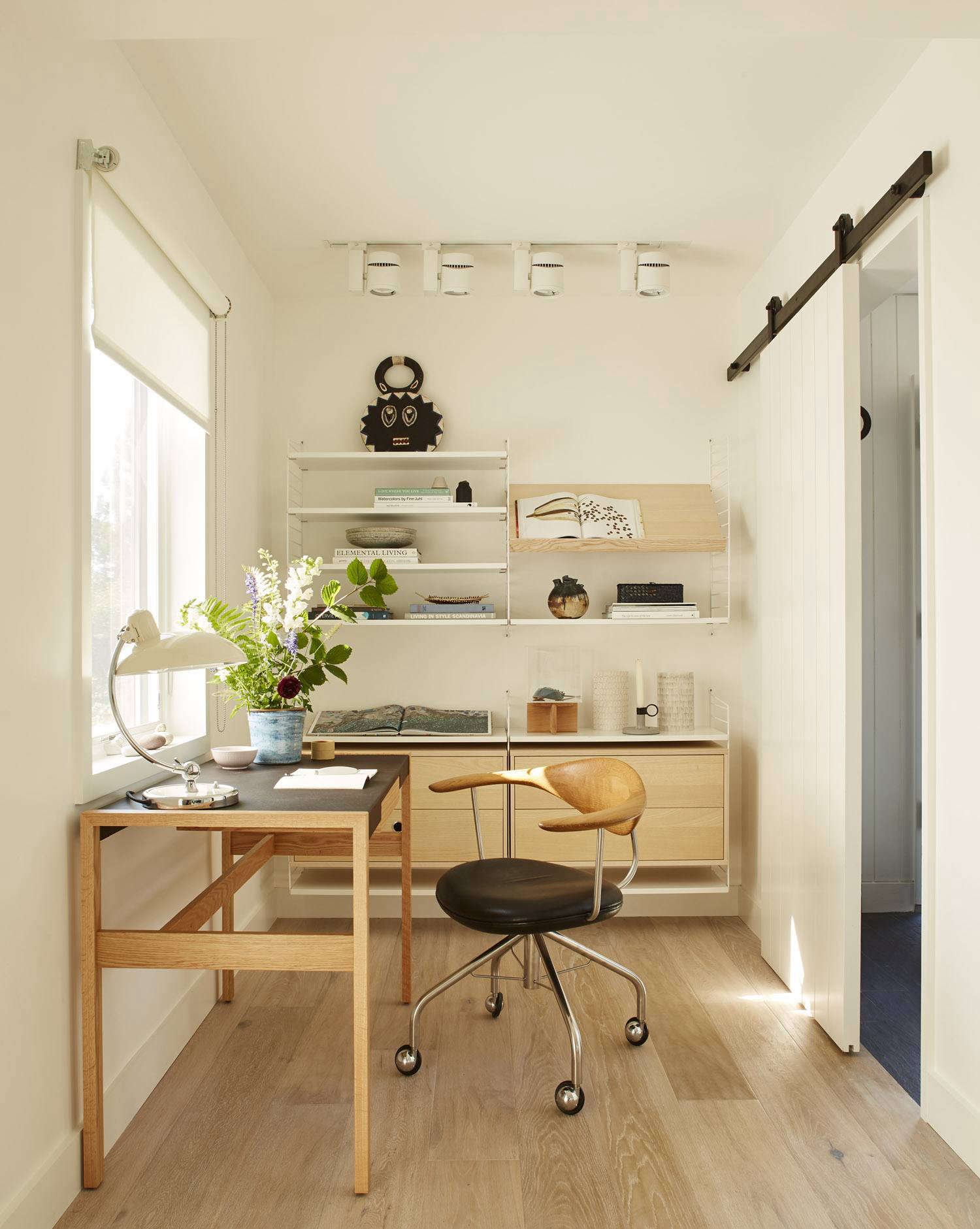 Steal This Look: A Pocket Home Office with Modern, Scandi Influence